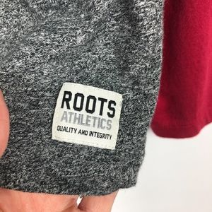 Roots Canada Tops - Roots Canada Gray & Maroon Baseball Tee (Size M)